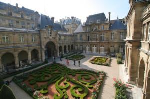 Blogging from Paris